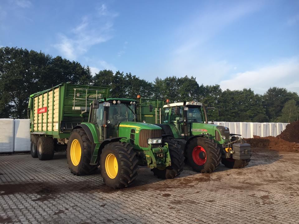 Alpenflor Unternehmen Traktoren